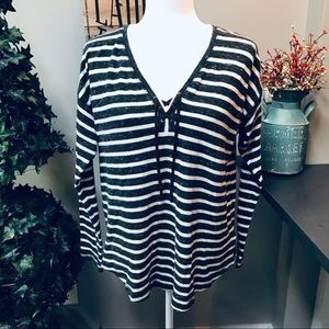 CHAPS ** Striped Top